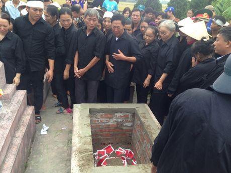 Ha Nam: Nghen ngao giay phut tien biet phi cong Dang Dinh Duy - Anh 15