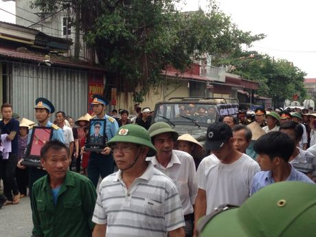 Ha Nam: Nghen ngao giay phut tien biet phi cong Dang Dinh Duy - Anh 1