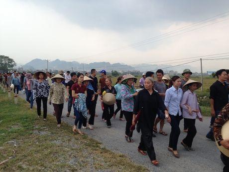 Ha Nam: Nghen ngao giay phut tien biet phi cong Dang Dinh Duy - Anh 3