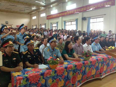 Ha Nam: Nghen ngao giay phut tien biet phi cong Dang Dinh Duy - Anh 9