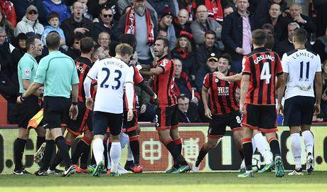 Tottenham mat co hoi len dinh Ngoai hang Anh - Anh 1