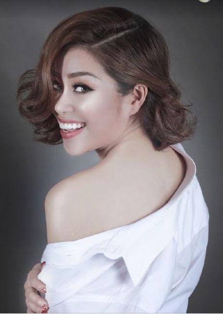 Hoang Hong Ngoc top 5 SMS Online: 'So sang tac vu vo tre con mai con chua dam gui, ai ngo…' - Anh 1