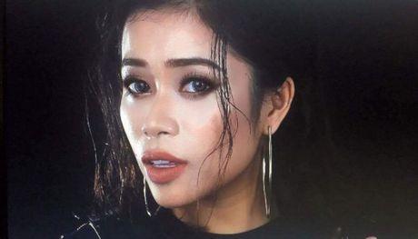 Hoang Hong Ngoc top 5 SMS Online: 'So sang tac vu vo tre con mai con chua dam gui, ai ngo…' - Anh 2