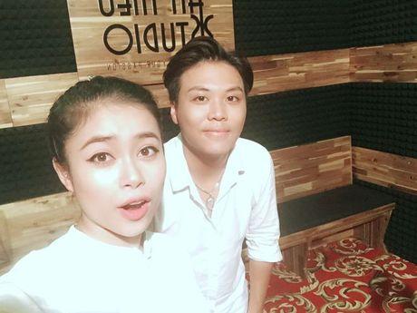 Hoang Hong Ngoc top 5 SMS Online: 'So sang tac vu vo tre con mai con chua dam gui, ai ngo…' - Anh 3