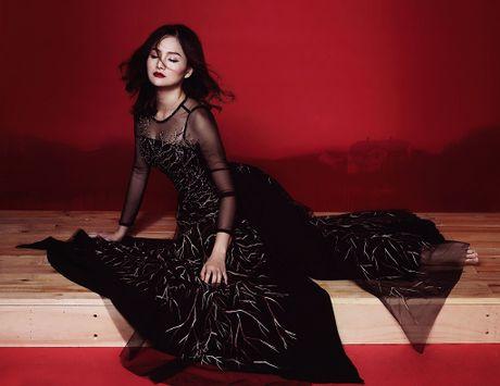 Lan Phuong ma mi trong ao dai chu de Halloween - Anh 5