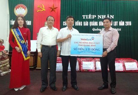 VietinBank ho tro nhan dan vung lu Quang Binh 3 ty dong - Anh 1