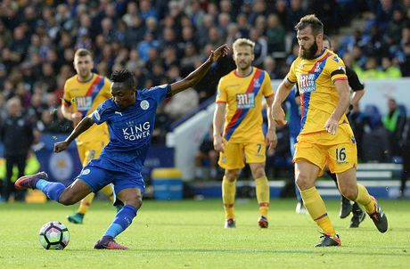 Thang de Crystal Palace, Leicester tam thoat vung lay - Anh 7