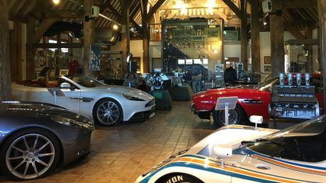 Kho bau 'bi mat' cua Aston Martin - Anh 1