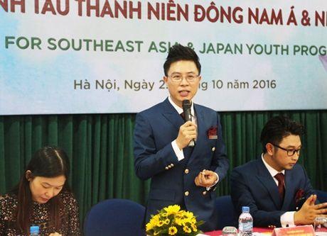 Thanh nien Viet Nam len duong ra bien lon - Anh 2