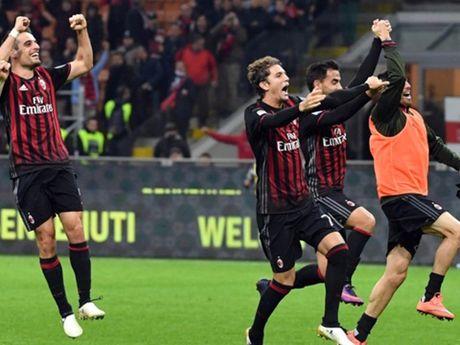 Milan 1-0 Juventus: Tien ve 18 tuoi lap cong, Milan len nhi bang - Anh 1