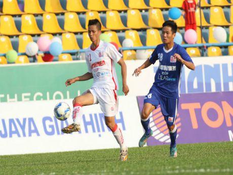HAGL voi nua quan V-League chia diem Than Quang Ninh - Anh 1