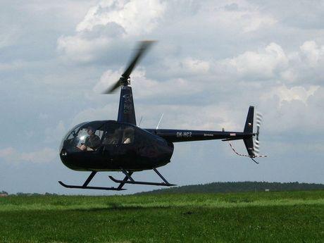 Roi truc thang Robinson R44 tai Nga, 3 nguoi thiet mang - Anh 1