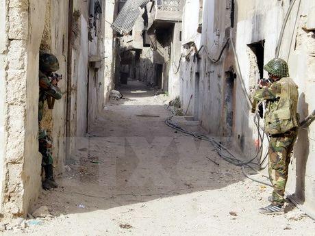 My xem xet cung cap vu khi hang nang cho quan noi day Syria - Anh 1