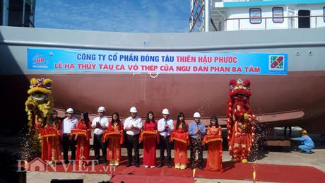 Quang Nam: Ha thuy tau ca vo thep vuon khoi Hoang Sa, Truong Sa - Anh 1