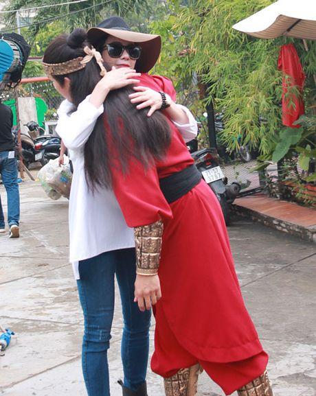 Diep Lam Anh cong khai tinh tu voi 'hau due Thanh Long' - Anh 4