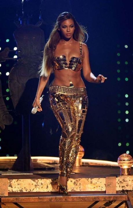 Beyonce va nhung bo do dot chay moi anh nhin - Anh 16