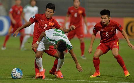 Diem tin sang 24/10: U19 Viet Nam lan dau du World Cup, Sanches gianh Golden Boy - Anh 1