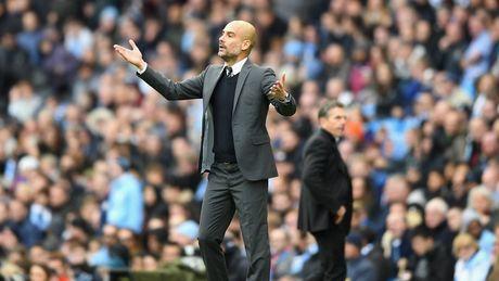 Premier League khong phai La Liga hay Bundesliga, dung mong Pep 'vo doi' - Anh 2