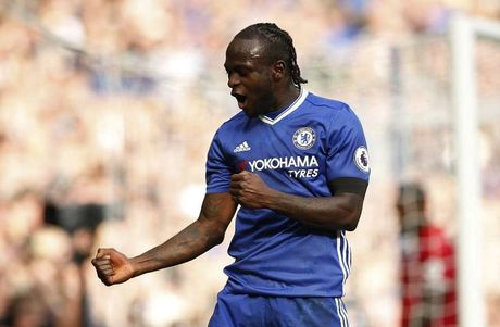 Diem lai 5 vu khi giup Chelsea tham sat Manchester United - Anh 3