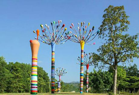 Ngo ngang voi khong gian nghe thuat- Art In The Forest 2016 - Anh 1