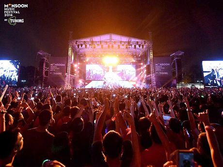 Scorpions dot chay Monsoon Music Festival 2016 - Anh 2
