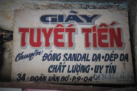 Co mot tiem 'do ni dong giay' noi tieng con sot lai giua pho Sai Gon - Anh 2