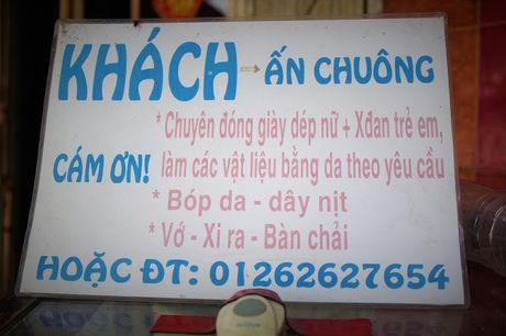 Co mot tiem 'do ni dong giay' noi tieng con sot lai giua pho Sai Gon - Anh 3