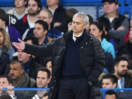 Bao Anh tiet lo dieu Mourinho thi tham voi Conte - Anh 2