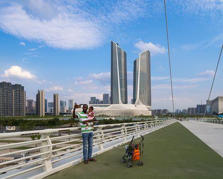 Zaha Hadid - Toa nha cuc giong thiet bi router wifi - Anh 2