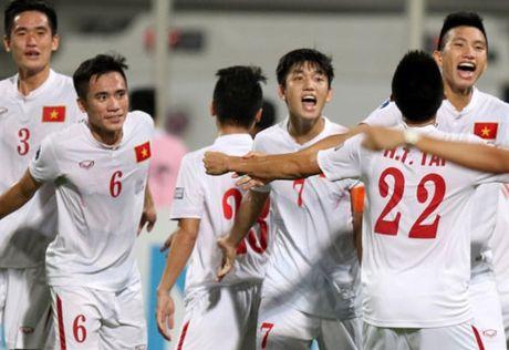 U19 Viet Nam du World Cup, HLV Hoang Anh Tuan tri an NHM - Anh 1