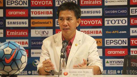 U19 Viet Nam du World Cup, HLV Hoang Anh Tuan tri an NHM - Anh 2
