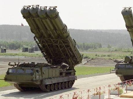 S-300V4 tai Syria la 'gao nuoc lanh doi vao cai dau nong cua My' - Anh 1