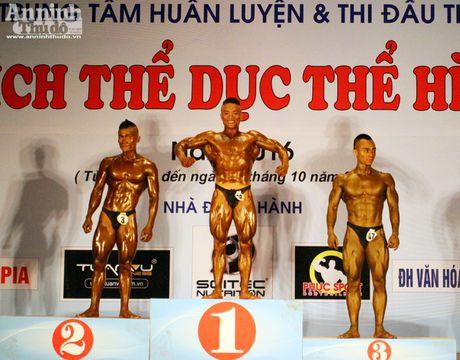 Luc sy Viet khoe co bap cuon cuon 'hut hon' phai yeu - Anh 17