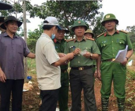Thu truong Bo Cong an Pham Dung chi dao dieu tra vu xa sung tai tinh Dak Nong - Anh 1