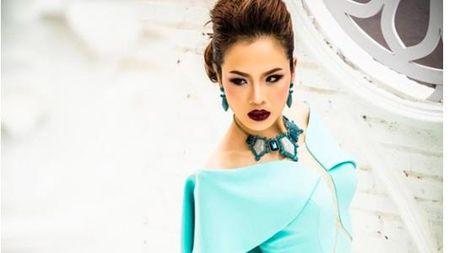 Kathy Nguyen: 'Khong ngai va cham nong, dam lot xac de tron vai' - Anh 1