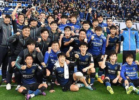 Xuan Truong chuc mung chien cong U.19 doat ve du U.20 World Cup - Anh 2