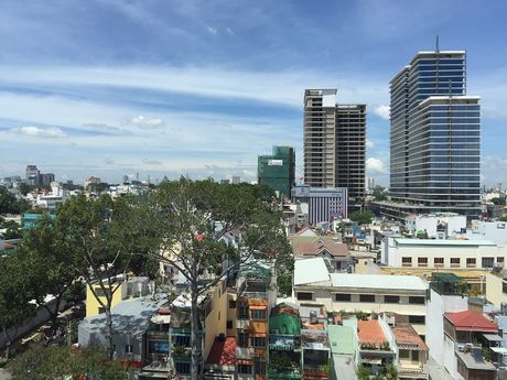 TP. Ho Chi Minh: So Xay dung chu tri phan loai nhom biet thu cu tren dia ban - Anh 1