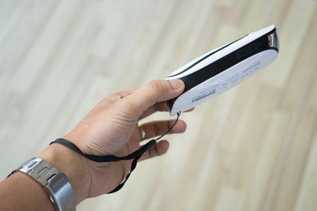 Tren tay Jamo DS 1 - Loa Bluetooth kiem den pin gia 840 nghin - Anh 10