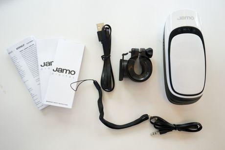 Tren tay Jamo DS 1 - Loa Bluetooth kiem den pin gia 840 nghin - Anh 3