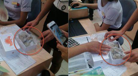 Da tim duoc thu pham moc ruot iPhone, cho da vao trong o The Gioi Di Dong - Anh 1