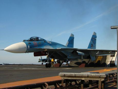 Vu khi tren tau san bay Nga sang Syria tham chien - Anh 5