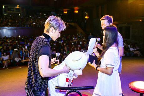 Son Tung lan dau 'chiu' noi ve on ao dao nhac cua 'Chung ta khong thuoc ve nhau' - Anh 11