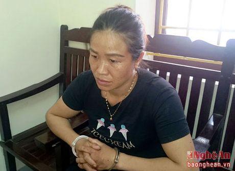 Khen thuong 2 chuyen an ve ma tuy cua Cong an TP. Vinh - Anh 2