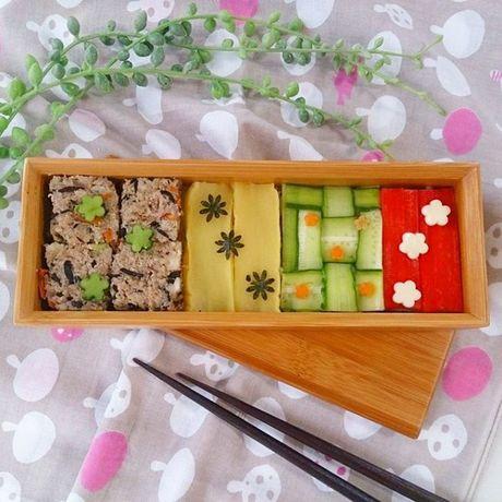 Mosaic sushi - Khi nhung mieng sushi tro thanh kiet tac nghe thuat tren ban an - Anh 13