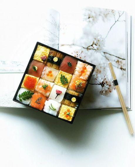 Mosaic sushi - Khi nhung mieng sushi tro thanh kiet tac nghe thuat tren ban an - Anh 2
