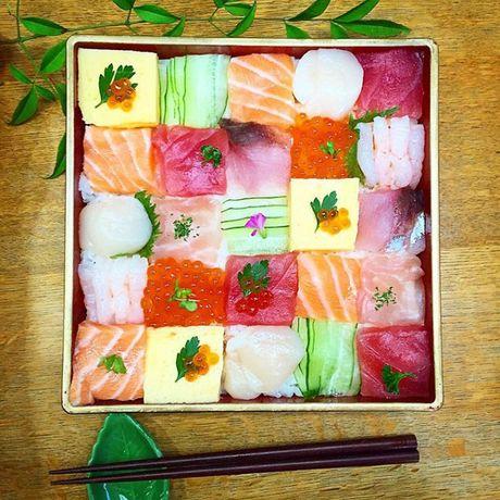 Mosaic sushi - Khi nhung mieng sushi tro thanh kiet tac nghe thuat tren ban an - Anh 7