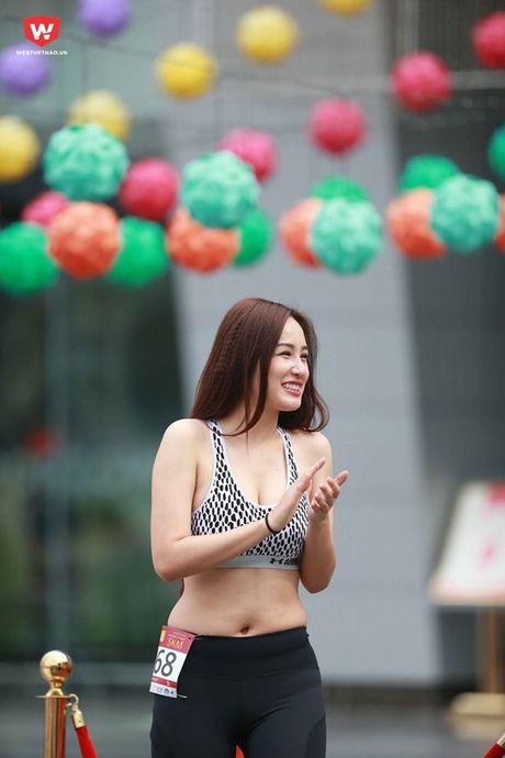 Mai Phuong Thuy oi! Dung tu bien minh thanh 'nan nhan' cua photoshop - Anh 5