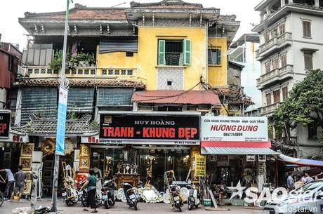 Nghe si Chieu Xuan va cac ho dan o biet thu co 65 Nguyen Thai Hoc keu cuu - Anh 1