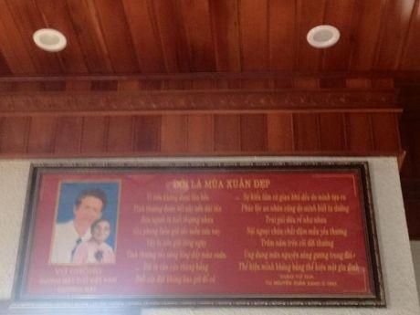 Nguyen Xuan Xanh: Lam tho de tim loi giai cuoc doi - Anh 3
