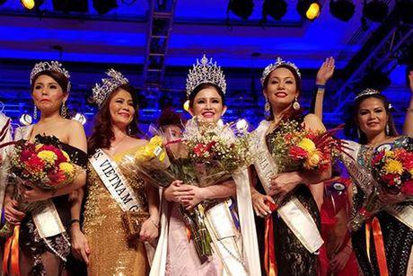 Janny Thuy Tran dang quang Hoa hau Phu nhan Viet Nam Hoan cau 2016 - Anh 1